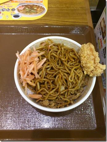 やきそば牛丼!!